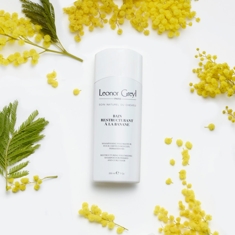 bain restructurant a la banane by leonor greyl with floral natural ingredients